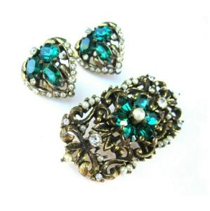 Vintage Emerald Green Earrings Brooch Set